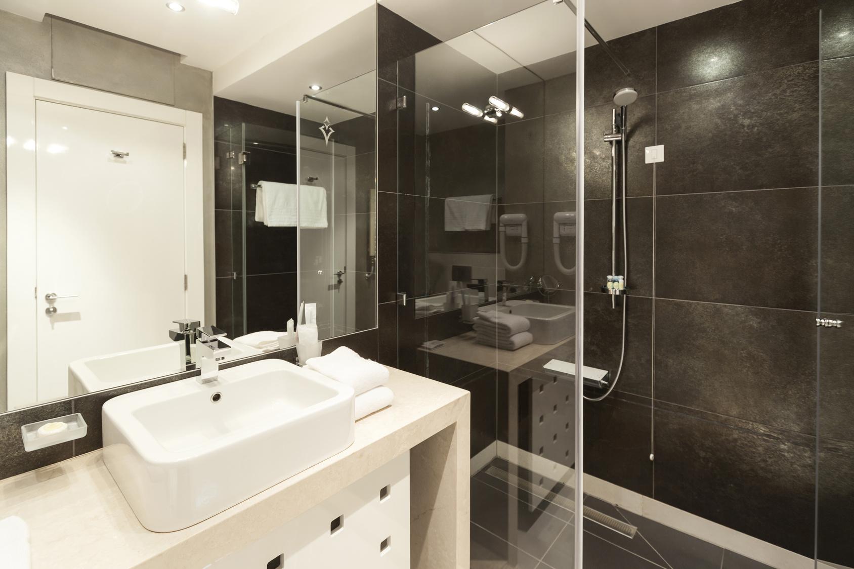 Norme lectrique salle de bain tout ce qu 39 il faut savoir for Reglementation electrique salle de bain